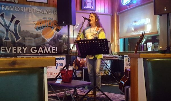 Scott Benge at the Thirsty Turtle Seagrille