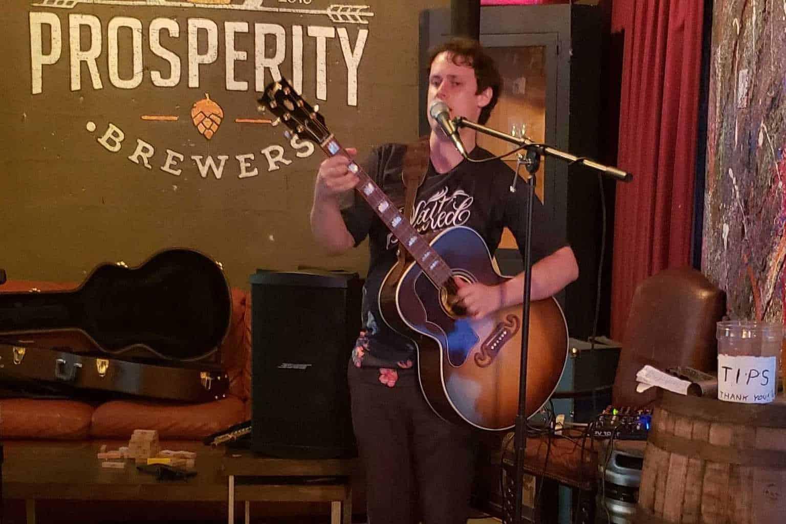Oliver Hanfmann at Average Joe's Pub
